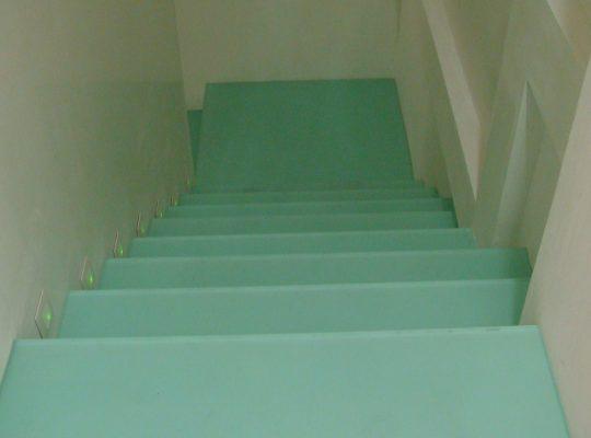 escalera pisables 10+10 lacados blanco