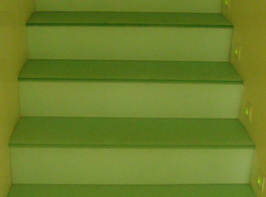 escalera pisables 10+10 lacados verde